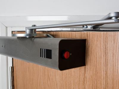 Как выбрать доводчик для двери. Виды и описание преимуществ