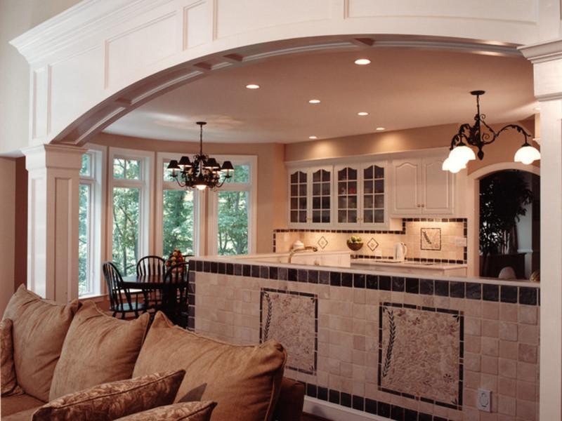 Как украсить окно в кухне шторами фото декор лучше