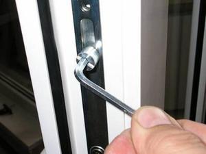 Входные пластиковые двери - характеристики