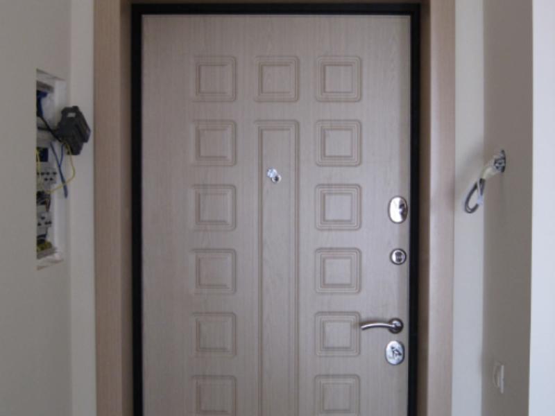отделка откосов входной двери изнутри особенности и фото
