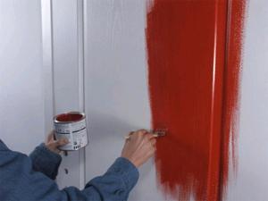 чем красить межкомнатную дверь обзор красок советы по