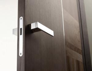 что такое магнитные замки для межкомнатных дверей какая у