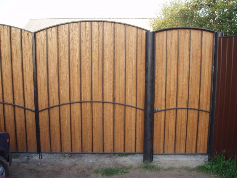 Деревянные ворота и калитки