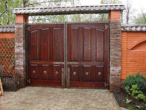 Дизайн ворота в частном доме фото