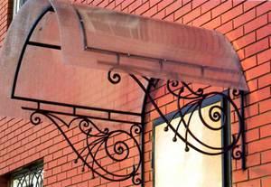 Фото готовых навесов над крыльцом для частного дома