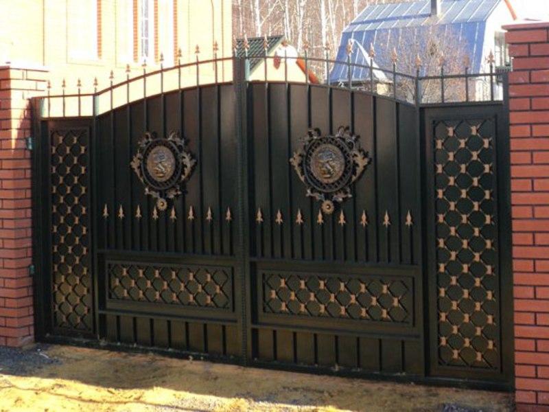 Металлические распашные ворота с кали ворота 4 метра фото