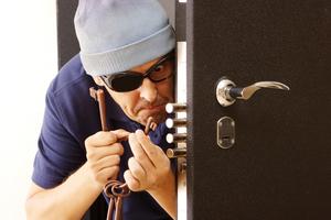 Открыть квартиру без ключа