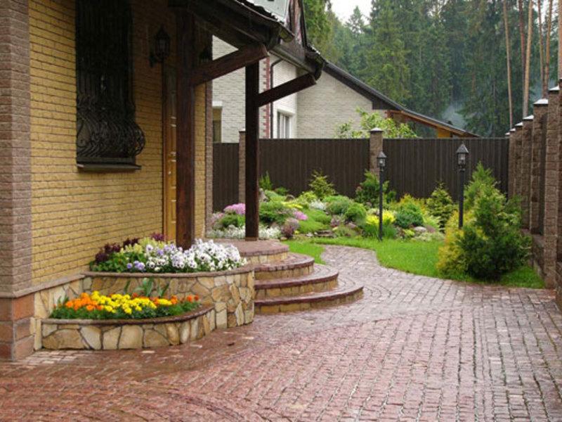 Дизайн парадного входа в загородном доме