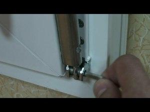 Как отрегулировать прижим пластиковой двери