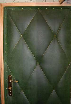 Как утеплить дверь в частном доме: виды утеплителя, особенности утепления железных и деревянных дверей