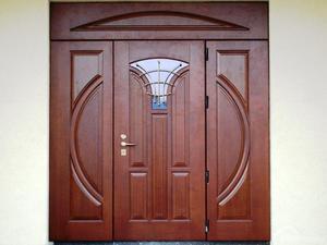 Какие установить уличные двери для частного дома: конструкция, наполнение, замки