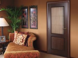 Декор дверей цвета итальянский орех