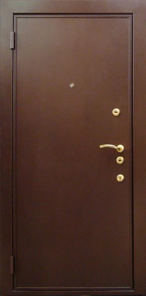 Лучше всего, если на дверях установлено два разных замка.