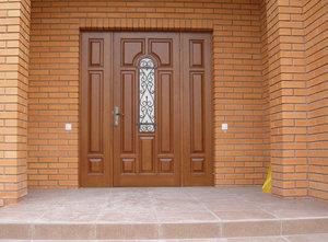 Фотографии дверей из массива дуба, ясеня, бука нашего